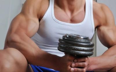 Mityba auginant raumenų masę. Nuo ko pradėti?